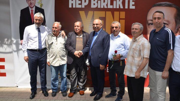 Opr. Dr. Şenel Yediyıldız, Altınordu'da Vatandaşlarla Buluştu