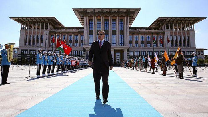 Türkiye'de  Yeni Başkanlık Sistemi resmen başladı