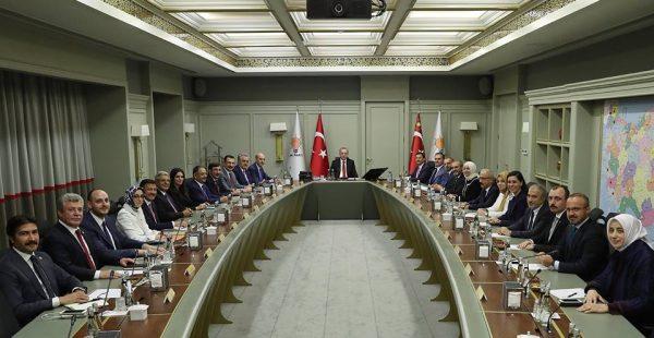 AK Parti'de 2 Numaralı İsim Numan Kurtulmuş Oldu