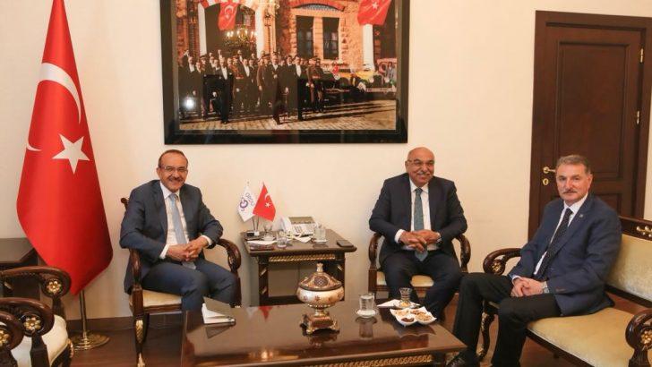 Vali Yavuz, TMO Genel Müdürü Güldal'la Fındığı Konuştu