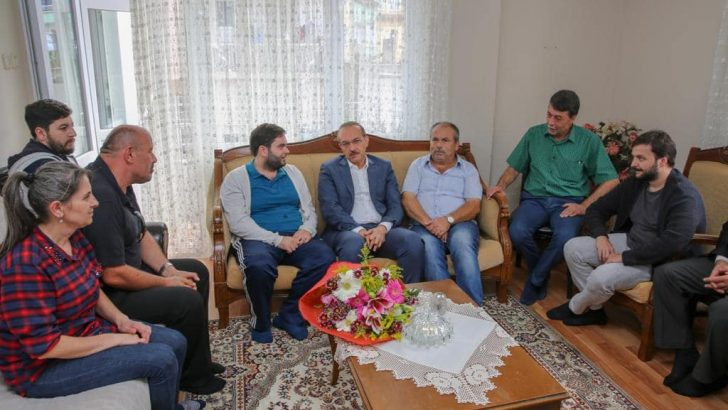 Vali Yavuz, Bahadır Bedir'e 'Geçmiş Olsun' Ziyaretinde Bulundu