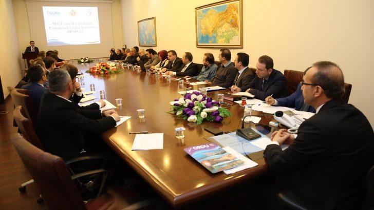 Vali Yavuz, Mobilya ve Orman Ürünleri Sektörünü Dinledi
