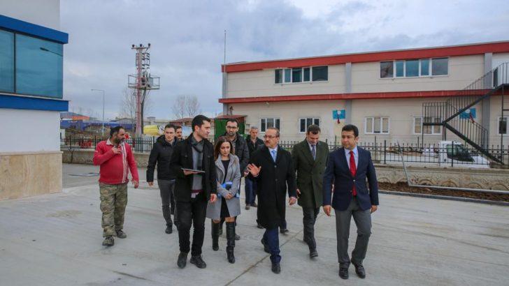 Vali Yavuz, Yapımı Devam Eden Kamu Binalarında İncelemede Bulundu