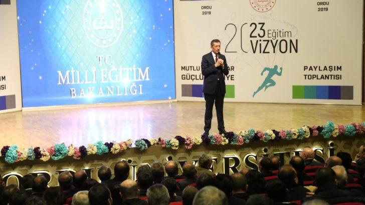 Milli Eğitim Bakanı Selçuk, Ordu'da 2023 Eğitim Vizyonunu Anlattı
