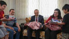 Vali Yavuz, Ramazan Ayının İlk Gününde Hane Ziyaretlerinde Bulundu