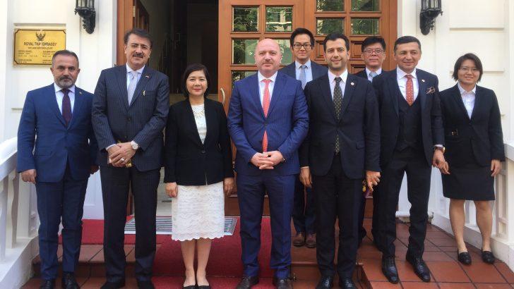 Gündoğdu, Tayland Büyükelçisi Ekarohit ile Buluştu