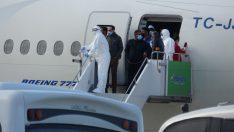 Kuveyt'ten Tahliye Edilen İşçiler Ordu-Giresun Havalimanına Getirildi