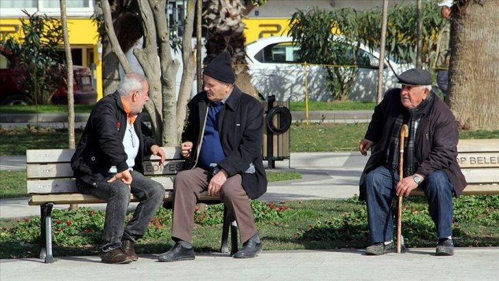 65 YAŞ ÜSTÜ 'TURİZM BELGESİ' İLE SEYAHAT EDEBİLECEK