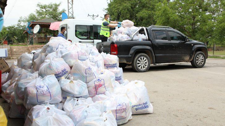 TAŞLICA'DA 200 HANEYE KAPI KAPI GIDA DESTEK PAKETİ